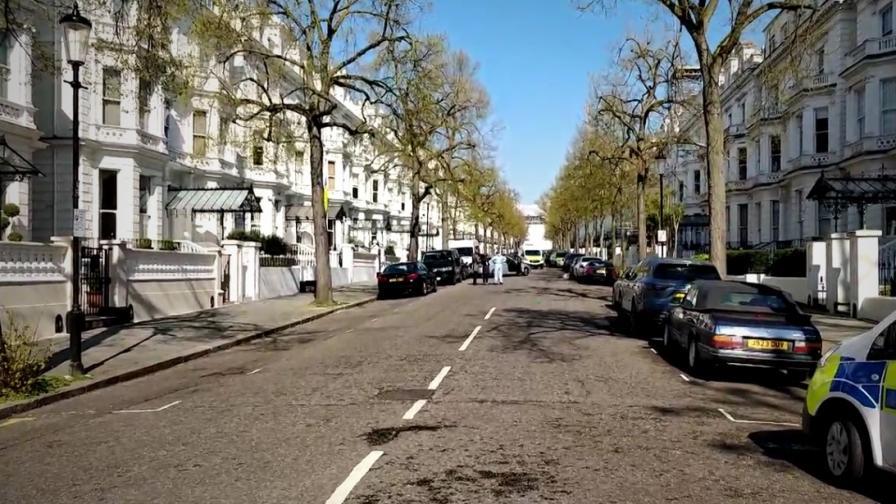 <p>Нападател блъсна колата на посланика на Украйна в Лондон</p>