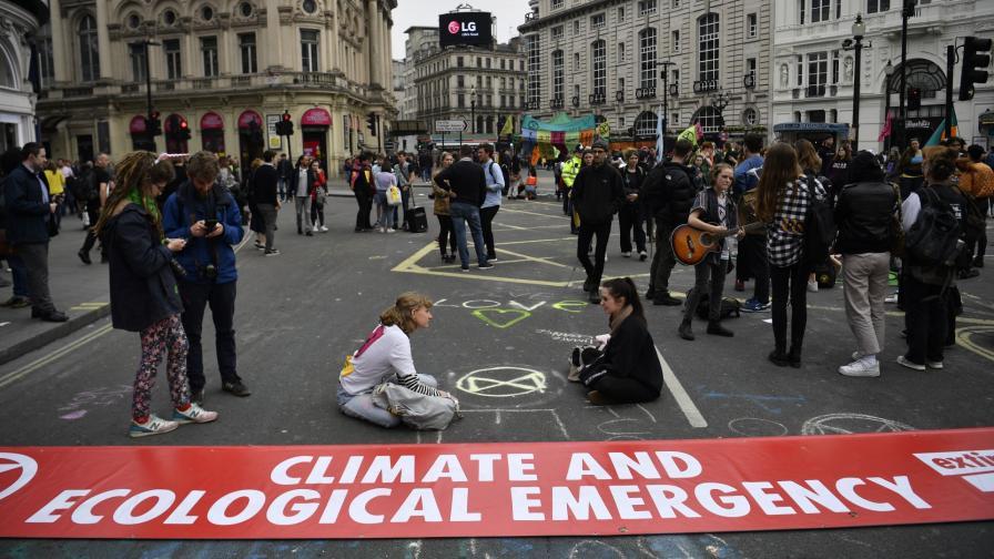Протестът на екоактивистите в Лондон