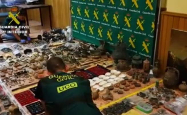 Над 30 000 антични предмета се връщат в България