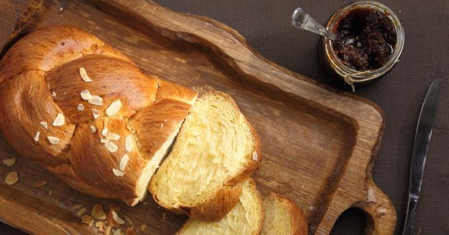 Снимка: Перфектната рецепта за Великден: лесен козунак с газирана вода