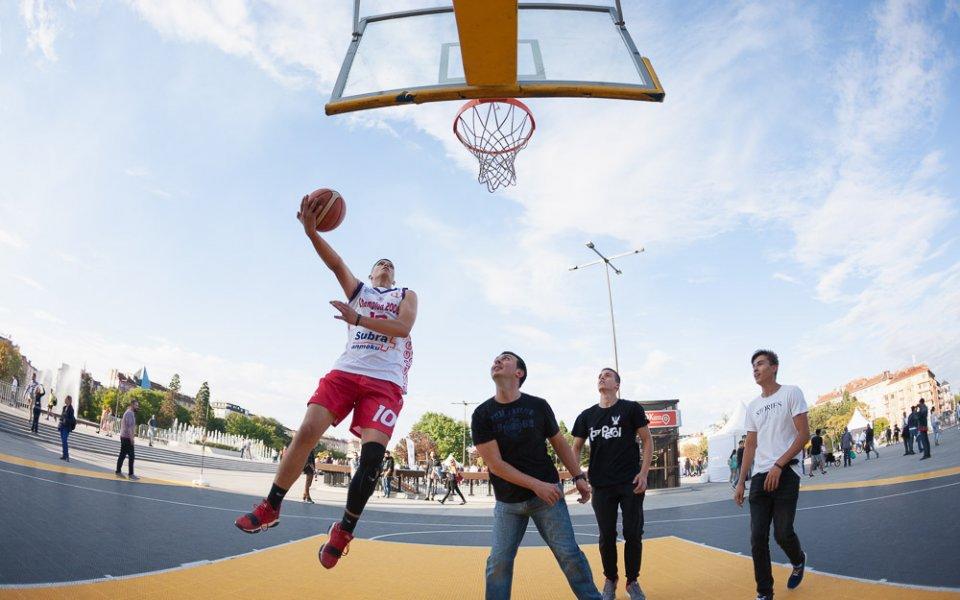"""Стрийт фитнес и въздушна възглавница са атракциите на """"Спортувай в твоя град"""""""