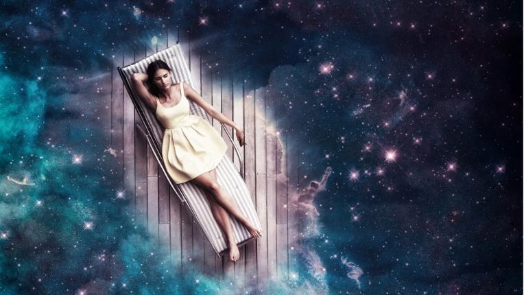 жена нощ магична