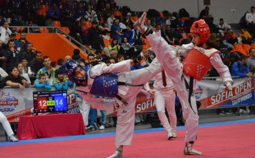Български таекуондисти надвиха световни шампиони