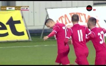 Емил Стоев срази конкурентите в полузащита в 30-ия кръг в Първа лига