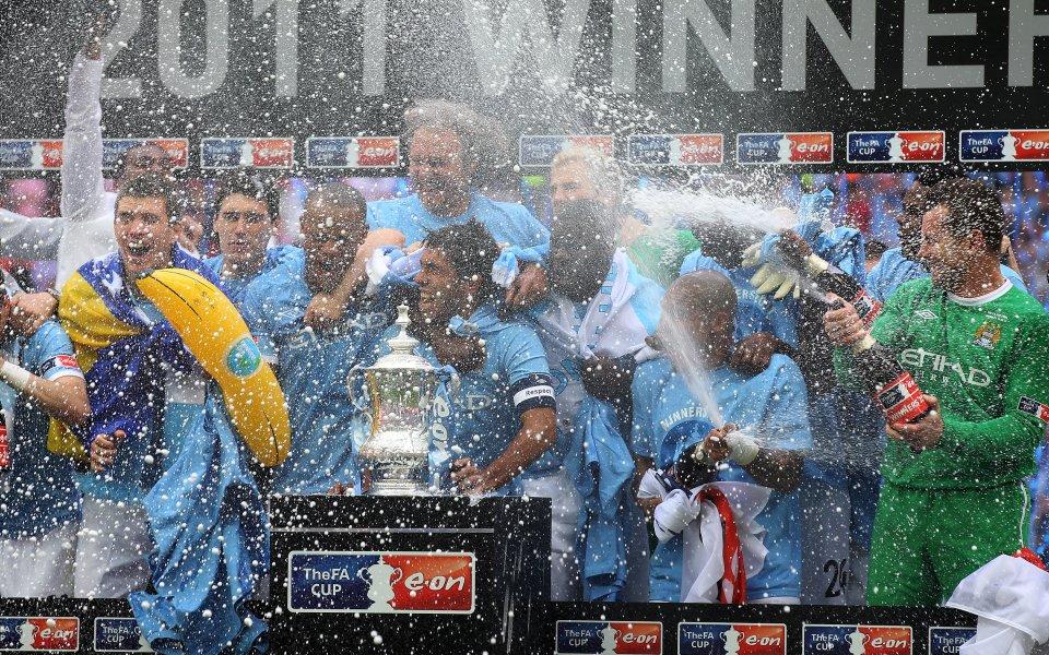 В Англия заменят шампионското шампанско с безалкохолно