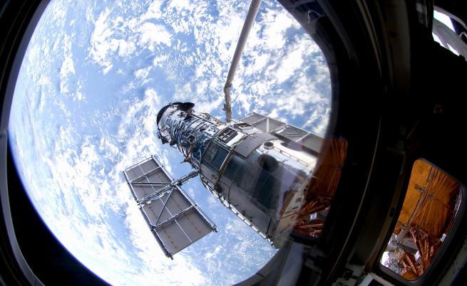 """Какво (не) знаем за космическия телескоп """"Хъбъл""""?"""