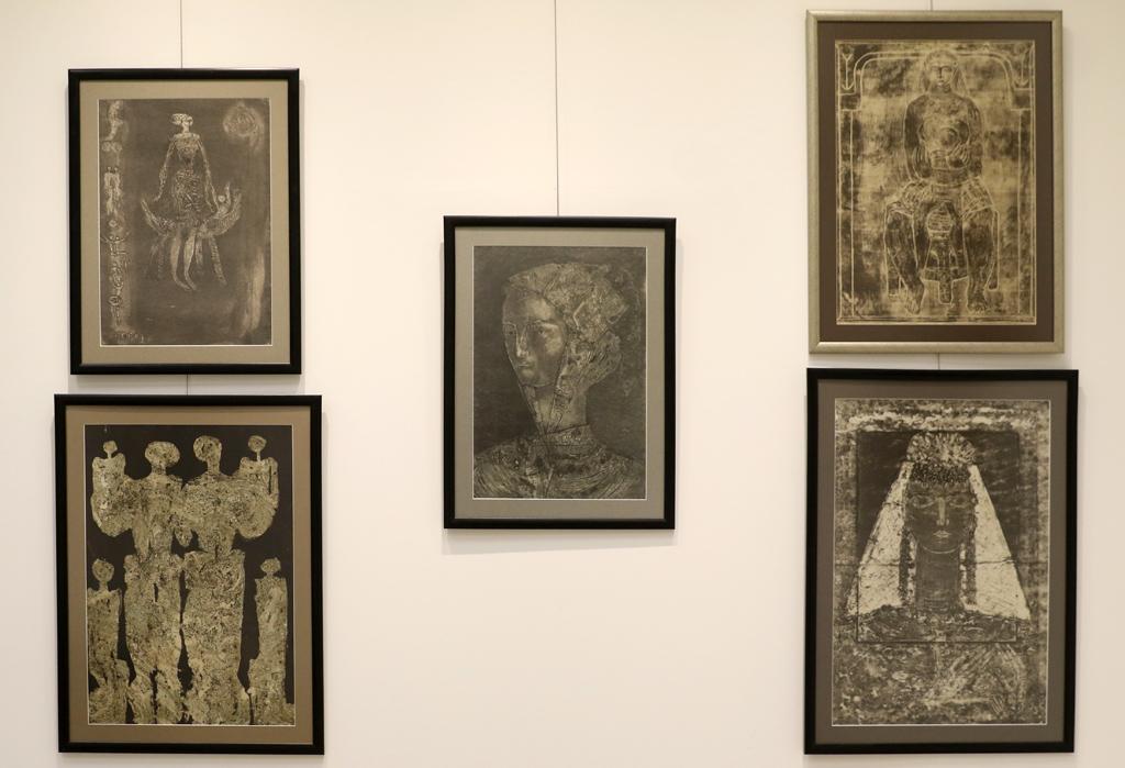 """Вдъхновен от атмосферата на възрожденските къщи в архитектурно-историческия резерват """"Вароша"""" в Ловеч, Димитър Казаков прави второто си огромно дарение на местната галерия"""
