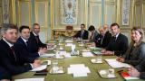 Володимир Зеленски имаше среща с Еманюел Макрон още преди изборите в Украйна