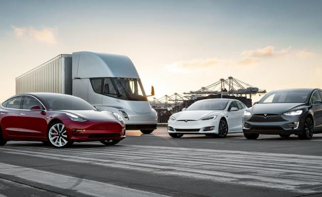 Хвани ме, ако можеш: Tesla продаде 367 500 коли