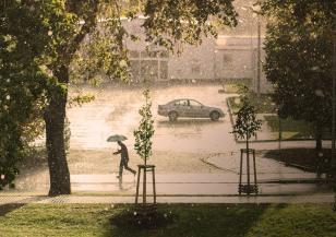 Порой и мощна градушка удариха Истанбул