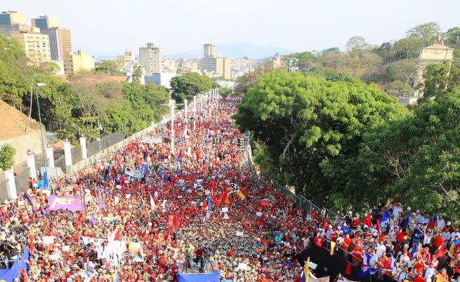 Жертви и ранени във Каракас, САЩ и Русия се скараха