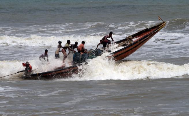 100 млн. души на пътя на урагана Фани
