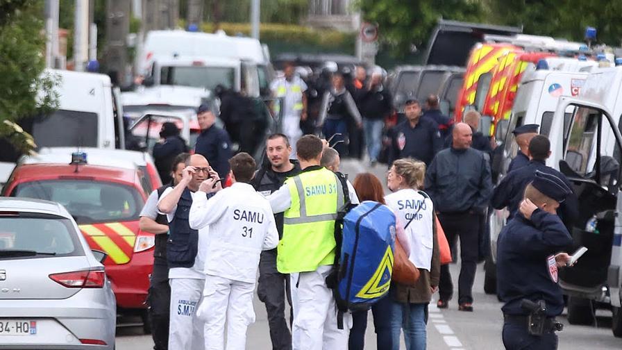 Арестуваха младежа, взел заложници до Тулуза