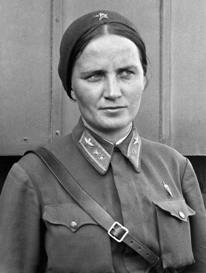 Полковник Марина Раскова