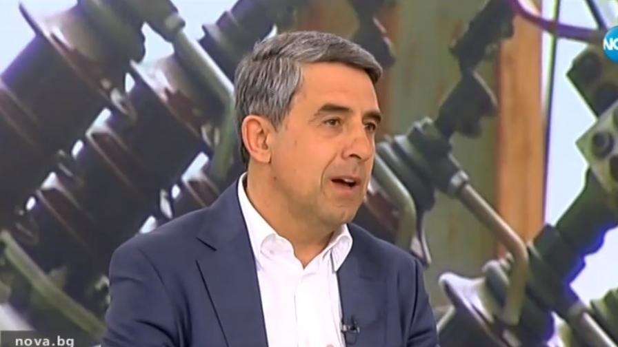 Плевнелиев: Радев денонощно говори колко е корумпирана България