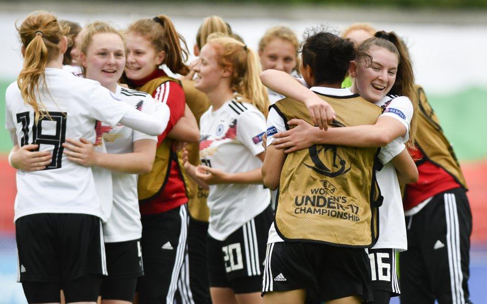 Германия е първият финалист на първенството при девойките до 17