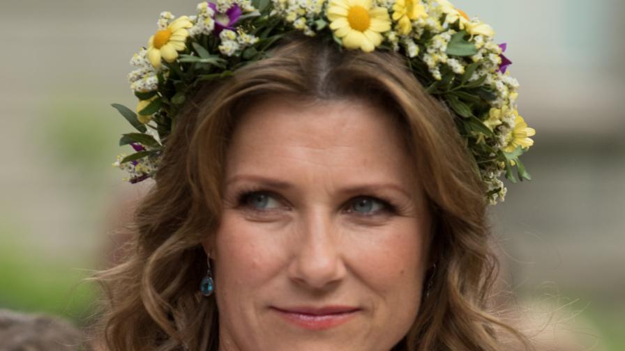 Смут в норвежкия кралски двор: в кого е влюбена принцесата?