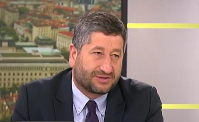 Иванов: Борисов допусна срив на институциите