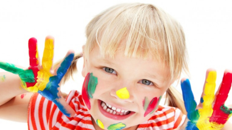 деца стрес рисуване творческо мислене самочувствие