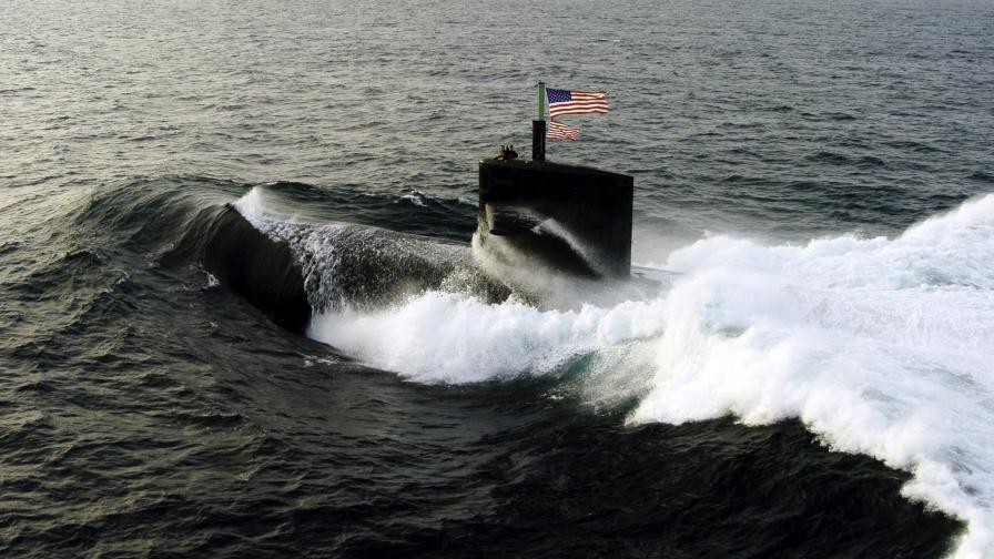 """Ядрена подводница на САЩ удари """"нещо"""" край Китай"""