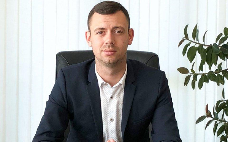 Петър Пешев: Взимаме българин и чужденец
