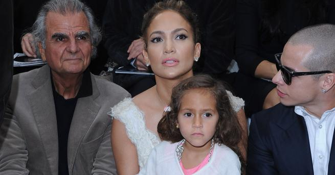 Дженифър Лопес има още една причина да бъде щастлива майка