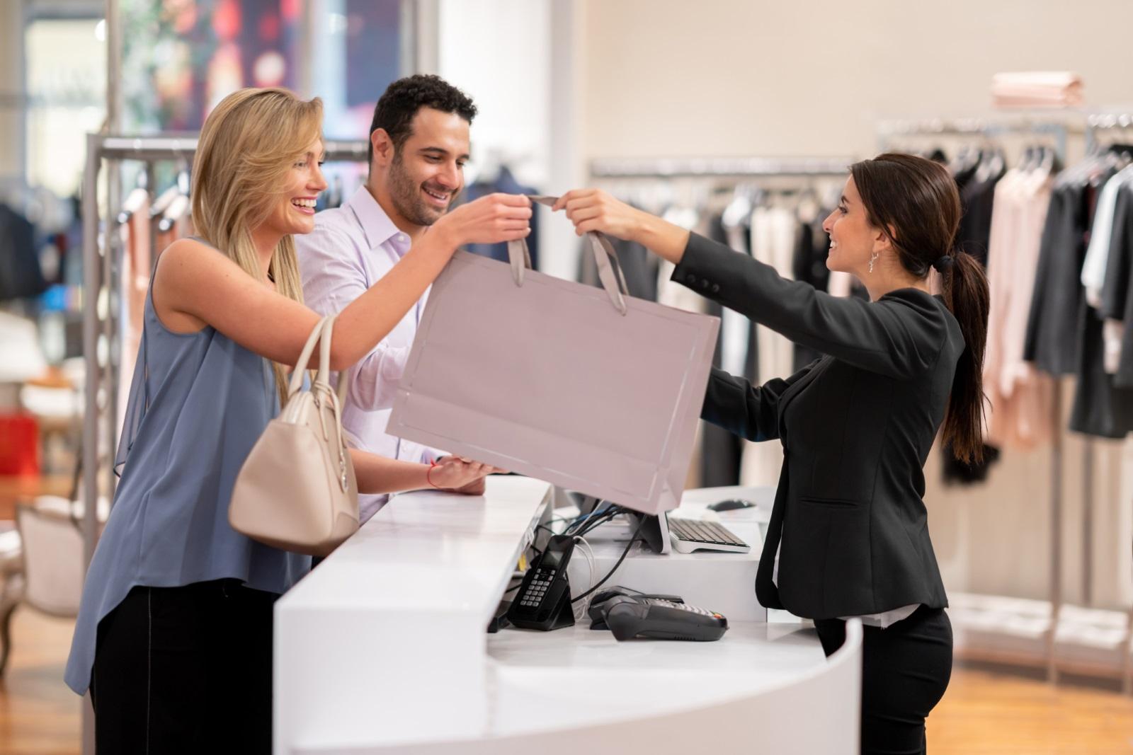 Пазарувайте заедно.