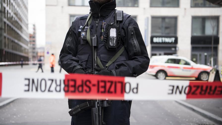 <p>Трима загинали след драма със заложници в Цюрих</p>