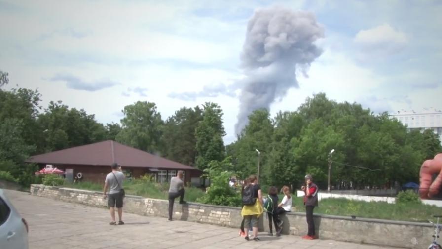 <p>Най-малко 116 ранени при експлозии в Дзержинск</p>