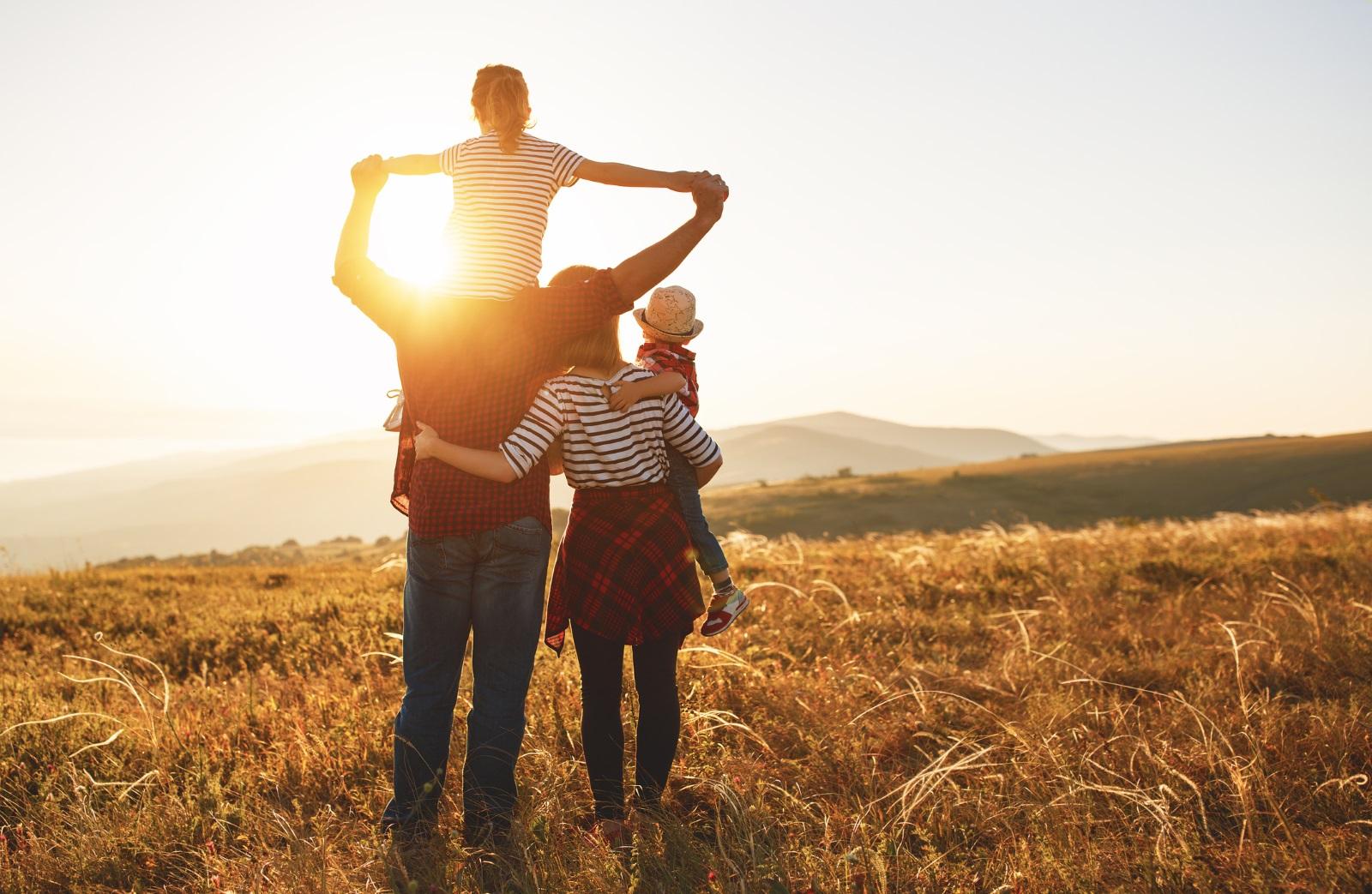 Детето Телец<br /> Хубавите неща стават бавно или поне това е мотото на Телеца. Подготвянето за училище може да изглежда като устойчиво занимание, което ще продължи години наред. Оставете го да работи със свое темпо – ще се убедите, че тези деца стигат точно където пожелаят, макар и за повече време.