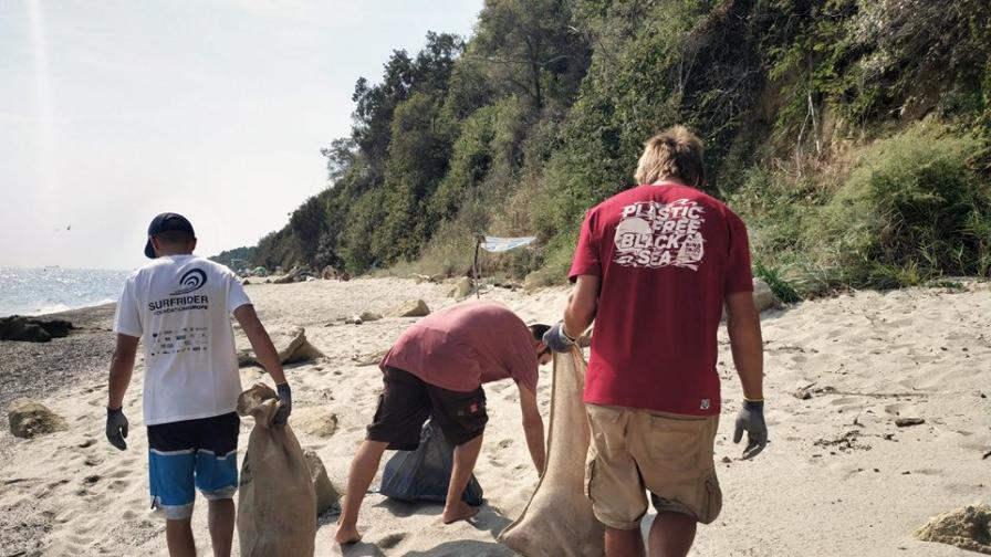 <p>С <strong>почистване на плаж Ропотамо</strong> започва тазгодишната инициативи за <strong>по-чисто Черно море</strong></p>