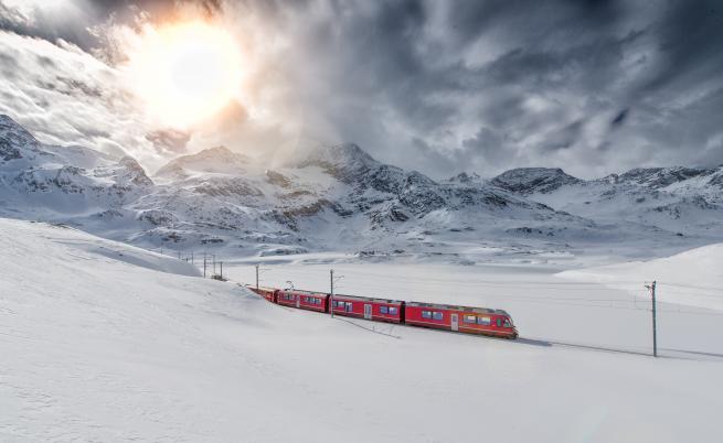 Русия откри първата арктическа железопътна услуга