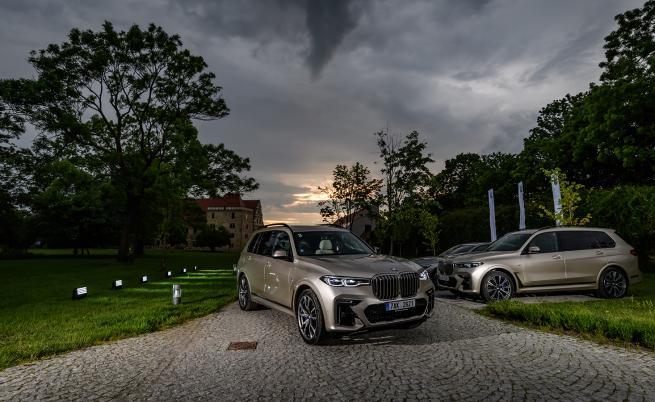 Забравете предразсъдъците, BMW X7 е върховна лимузина (тест драйв)