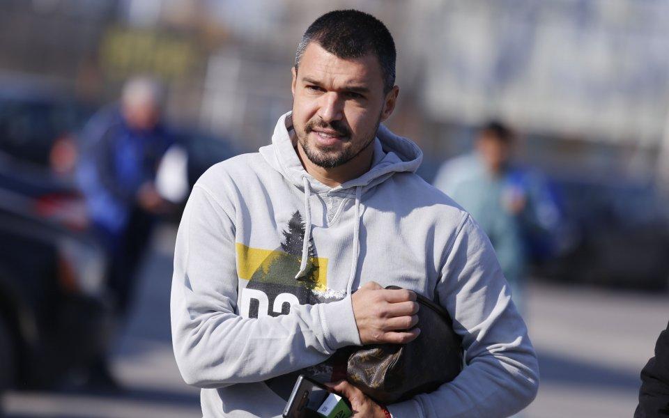 Божинов обяви с кой отбор започва