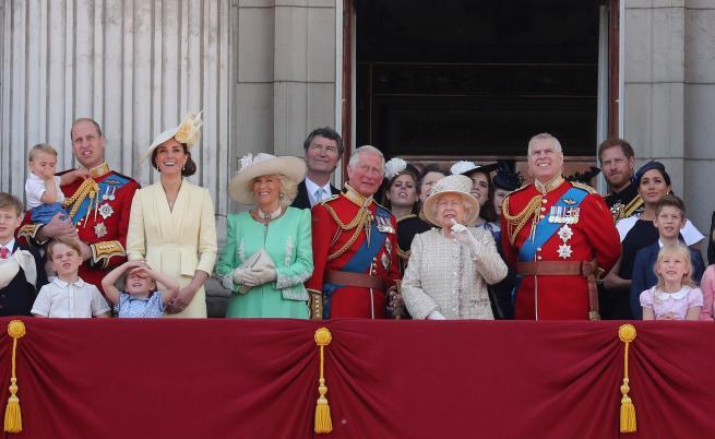 Кои сериали гледа кралското семейство?