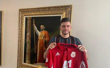 Близо милион заплата за Греъм Кери в ЦСКА