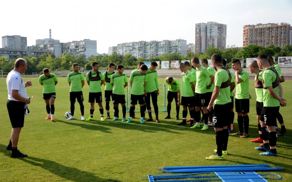Вратари от школата започнаха подготовка с Черно море