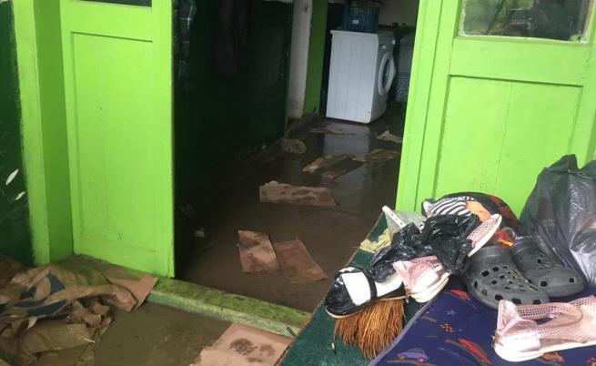 Положението в Стражица остава бедствено