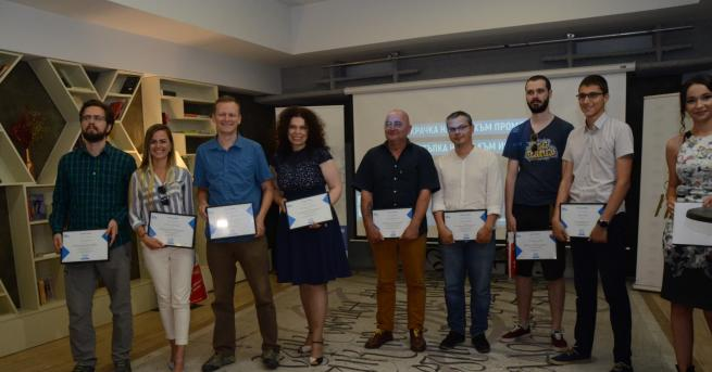 Любопитно Наградите за чиста журналистика бяха раздадени за втори път