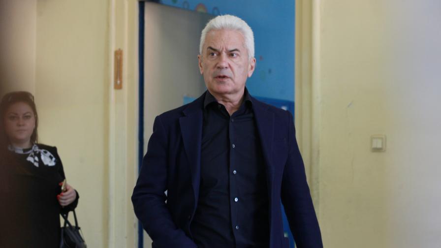Лидерът на ПП АТАКА и председател на ПГ на Обединени патриоти Волен Сидеров