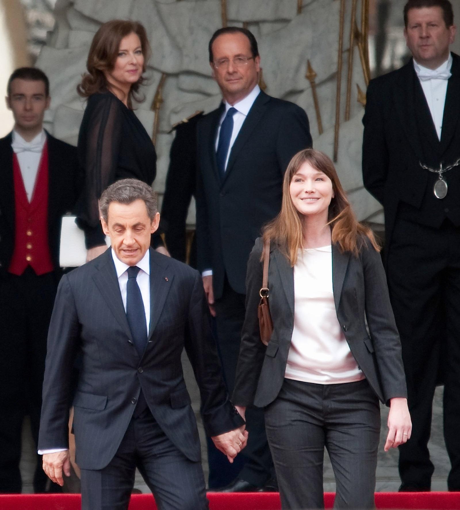 Бившата първа дама на Франция е значително по-висока от съпруга си, който е висок 166 см.