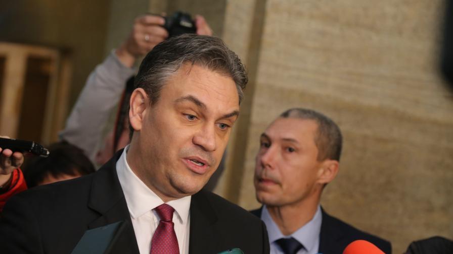Противоречие между институциите: Терасата на Пламен Георгиев е законна