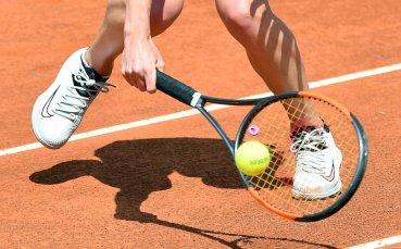 Красива тенисистка впечатли с визия