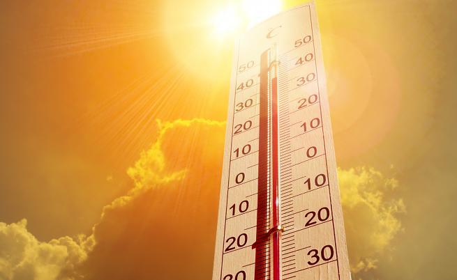 Жертви, адски жеги над Западна Европа, над 45 градуса във Франция