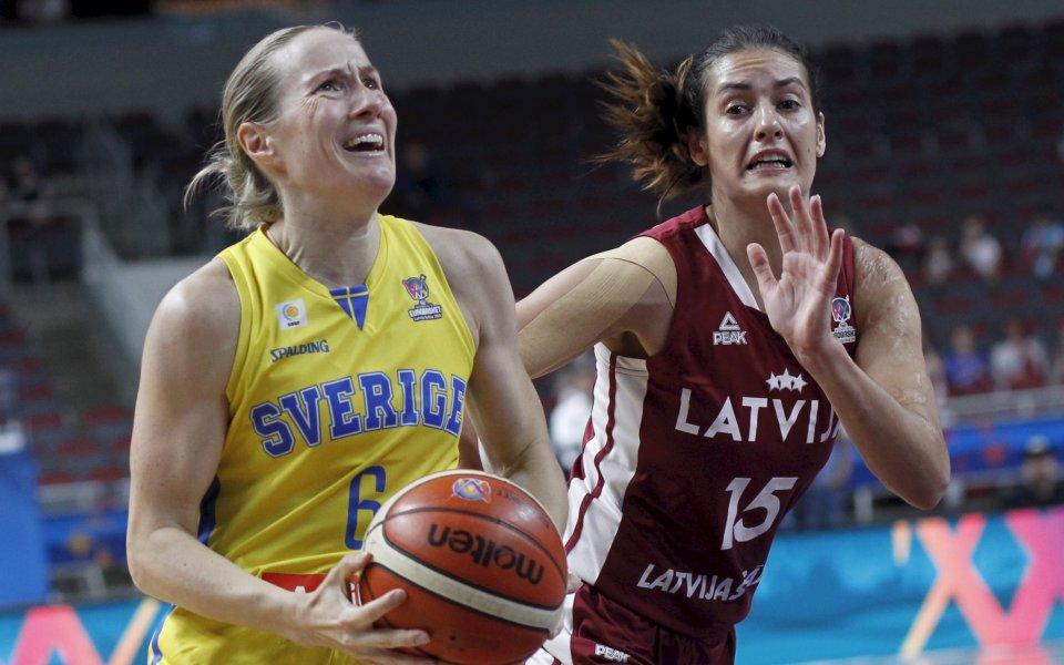 Един от домакините на Европейското по баскетбол за жени отпадна