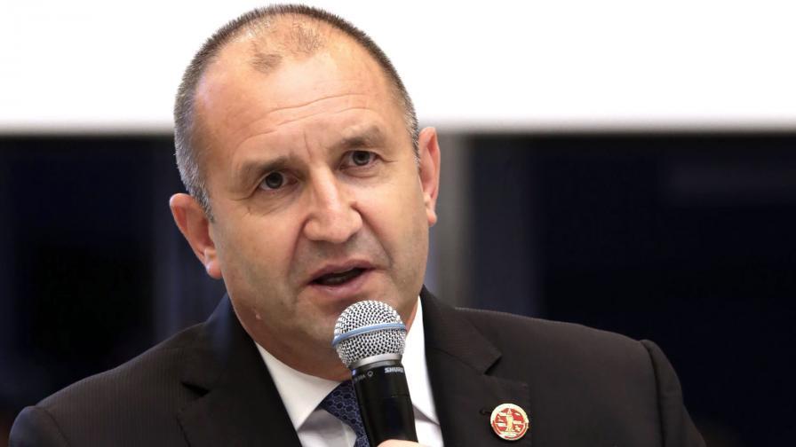 Румен Радев: Очаквам неоспорими факти по обвиненията в шпионаж