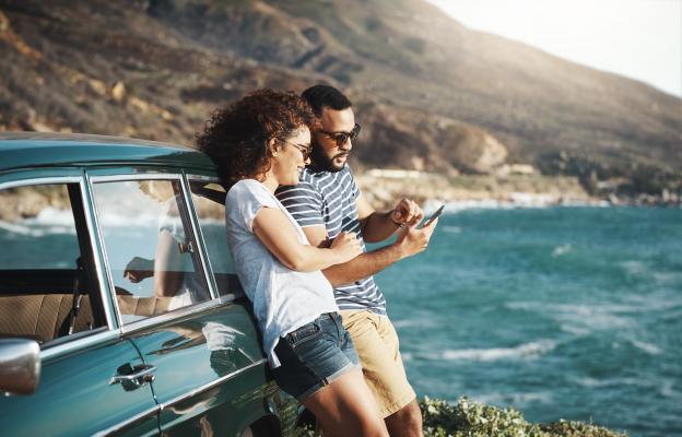Пътешествие с кола само ти и той
