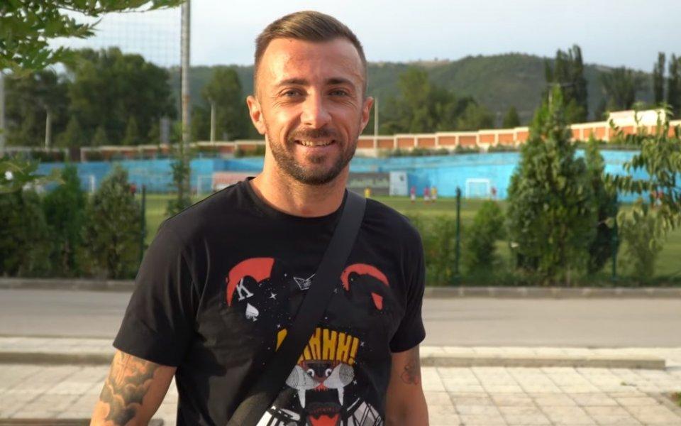 Българин победи бившия си отбор в Казахстан