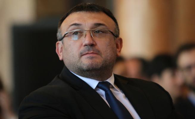 Маринов: Днес ще обсъдим мерките за прибиране в София след празниците