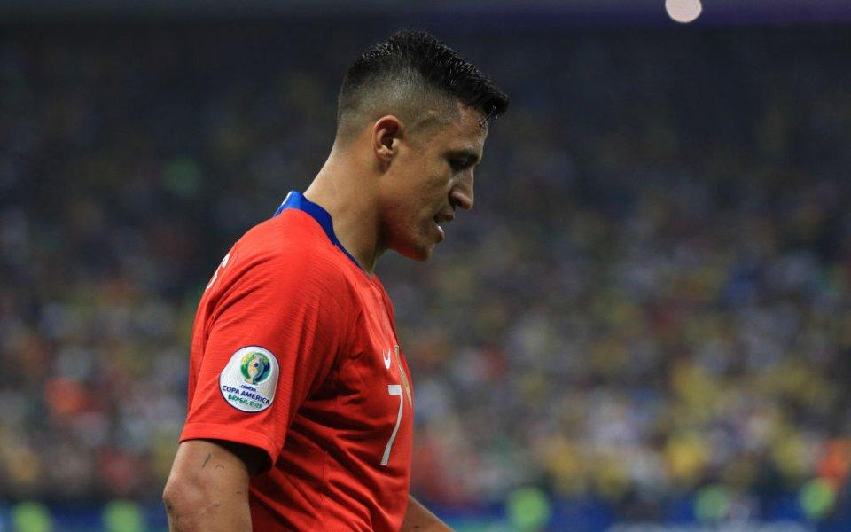 Футболистът на Манчестър Юнайтед Алексис Санчес отново е контузен. Играчът